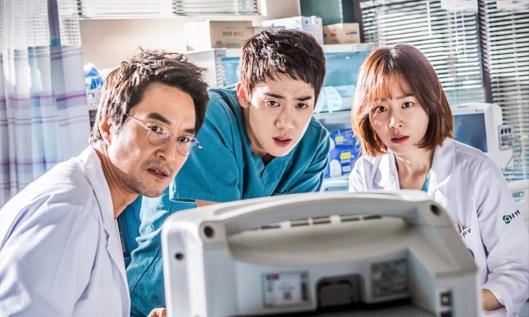 han-suk-kyu-yoo-yeon-seok-seo-hyun-jin.jpg